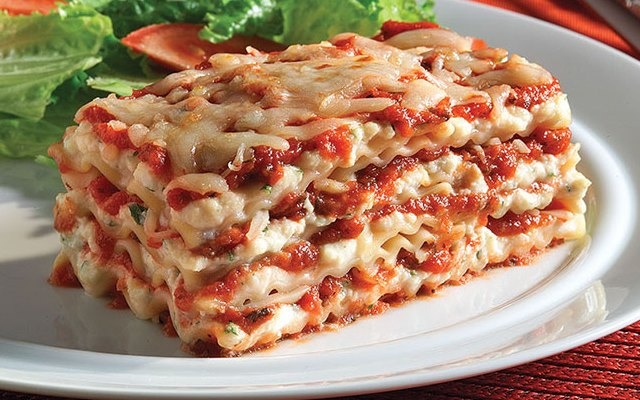 Table-for-Two_Lasagna_640x428