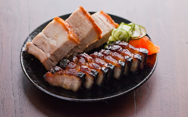 bazuka-yakibuta-caramel-crackling-roast-pork-review-by-gourmet-adventures